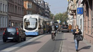 Mit Bahn, Auto, Rad oder zu Fuß durch Heidelberg