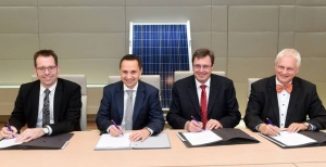 Vertragsunterzeichnung Solarpark