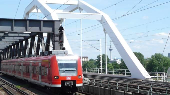 VRN S-Bahn Rheinbrücke MA/LU