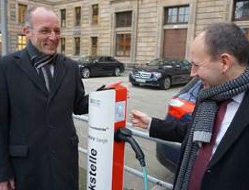 Mannheim: Inbetriebnahme der E-Tankstelle am Rathaus
