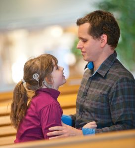 Am Tag des Hörens am 4. März in der Universitäts-HNO informieren die Experten u.a. über Cochlea Implantate für Kinder und Erwachsene. Foto: Universitätsklinikum Heidelberg