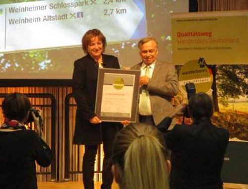 Stuttgart / Bergstraße: Burgensteig erneut als zertifizierter Wanderweg ausgezeichnet