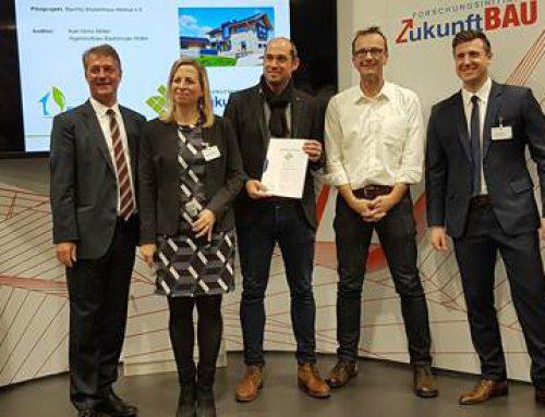 Bau-Fritz erhielt Urkunde für besonders nachhaltigen Einfamilienhausbau