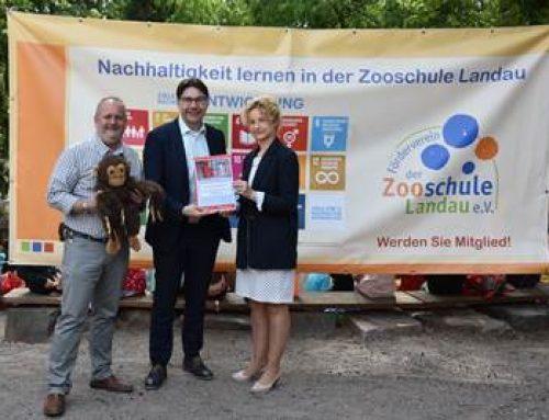 Landau: 2.000 Euro für die Umweltbildung der Zooschule