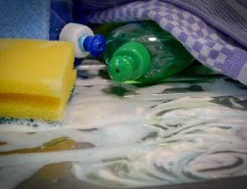 Hessen: Feste Regeln für flüssiges Plastik sind längst überfällig