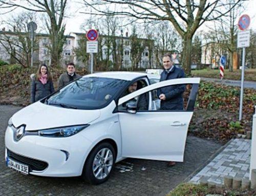 Südliche Weinstraße: Kreis nimmt erstes elektrisches Dienstauto in Betrieb