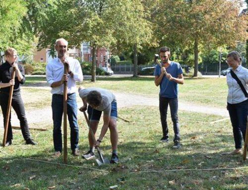 Landau: Blühwiese für den Savoyenpark – Spatenstich für Lernprojekt