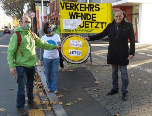 """Greenpeace-Auszeichnung """"Radwende Jetzt"""" für die Stadt Heidelberg"""